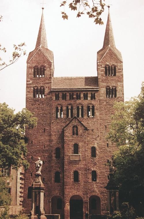Corvey Klosterkirche: Fassade, Quelle: Klabes